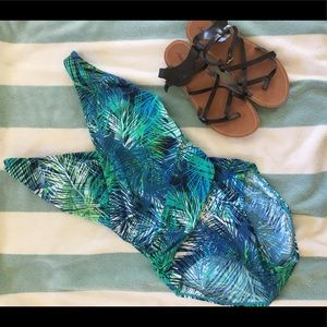 LL Bean One Piece Swimsuit Size 14
